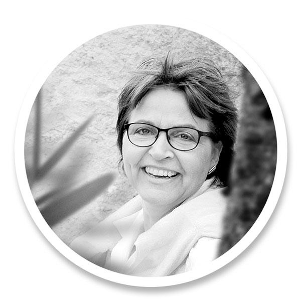 Frau Ulrike Halbeier