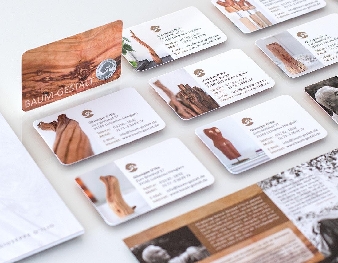 Design der Visitenkarten mit Produktfotos