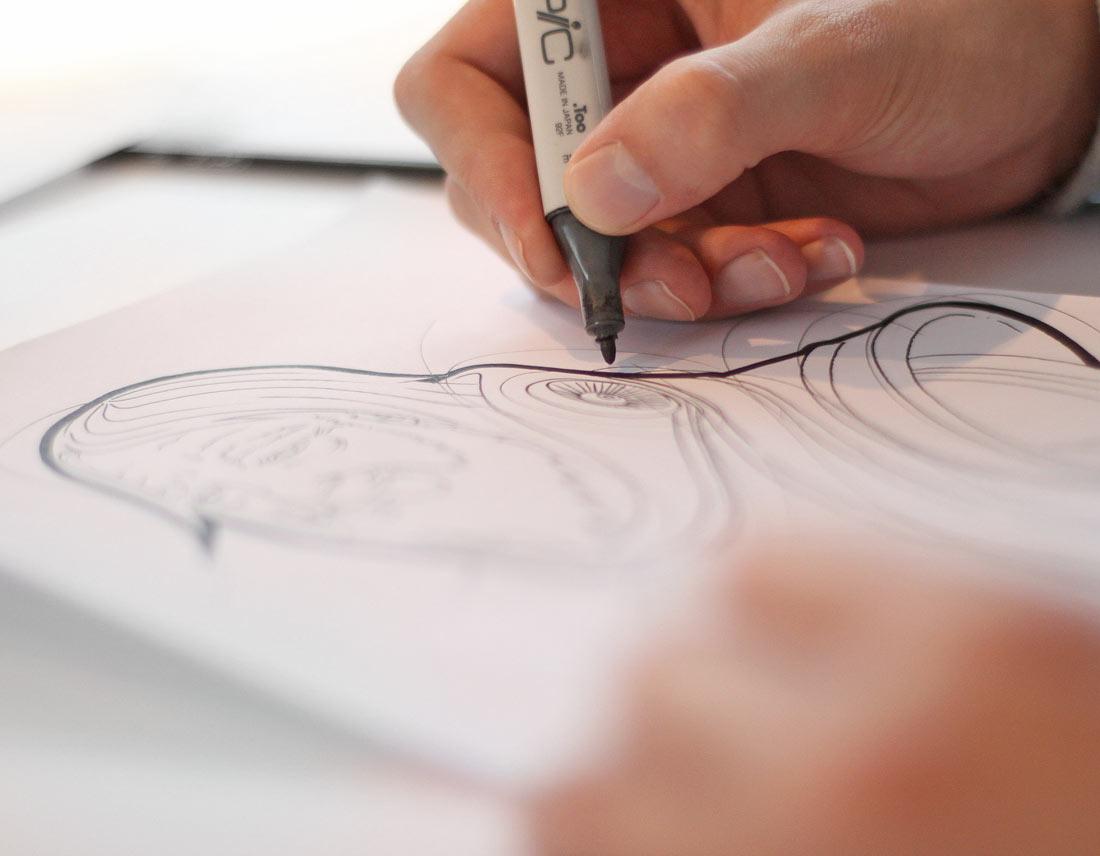 Konturierung der Bleistift-Zeichnung