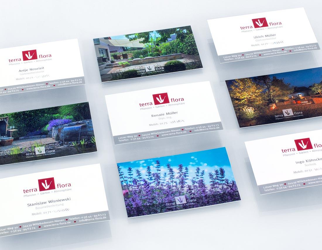 Visitenkarten für Terra Flora mit wechselnden Motivrückseiten.