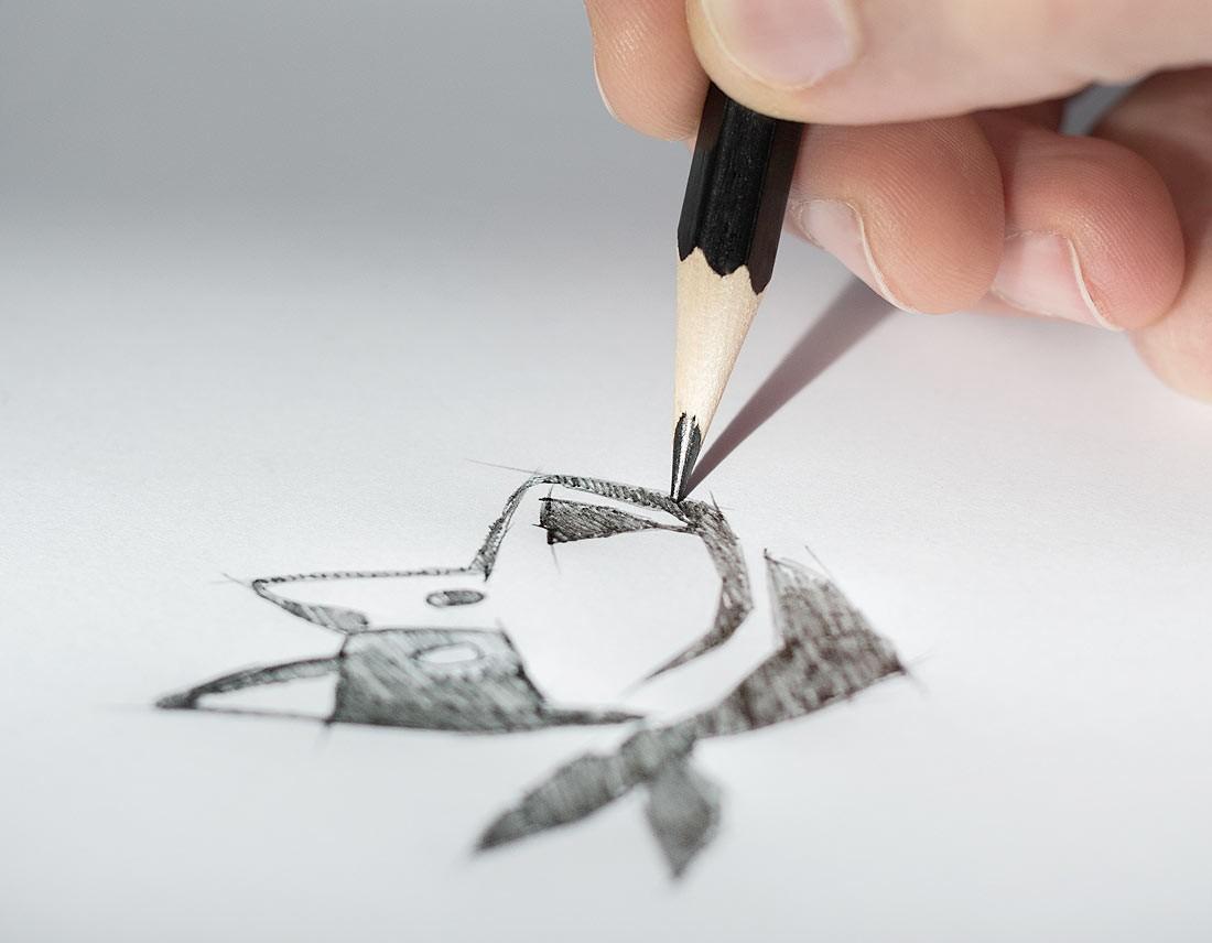 Hundekopf-Skribble mit Bleistift